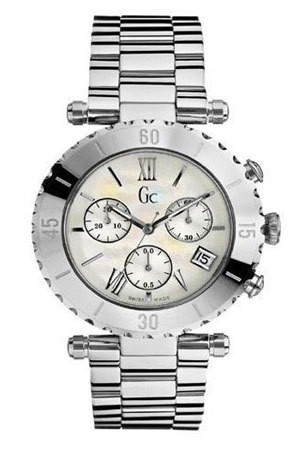 Guess GC best seller diver chic chrono I29003L1
