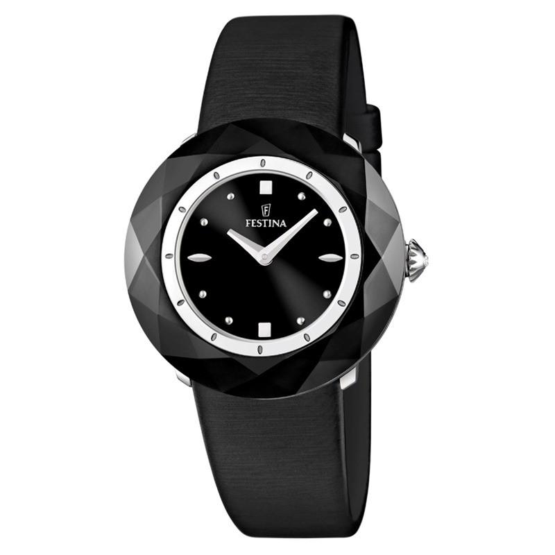 Montre avec bracelet en cuir noir, et son cadran recouvert d'un cristal minéral durci noir.